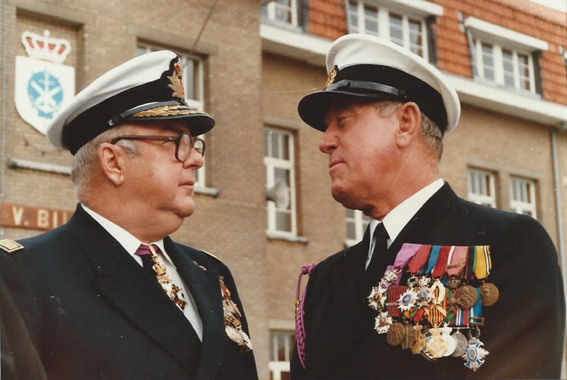 Deux grands anciens de la Royal Navy Section Belge 14589810