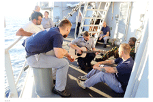 La frégate Louise Marie repart en Méditerranée en Juin - Page 2 Loma_b17