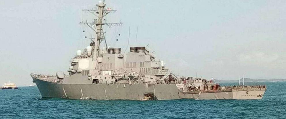 Nouvelle collision d'un destroyer américain !!! Uss-mc10