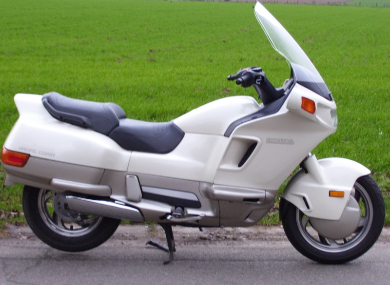 bmw r12 Honda_10