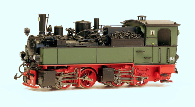 Les locomotives Mallet à voie étroite (H0e et H0m) Nwe1110