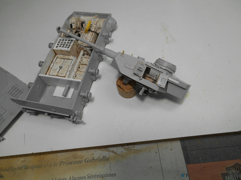 Un moment d'arrêt sur l'inutile... - Panzer IV - Italeri - 1/35e R40-pz30