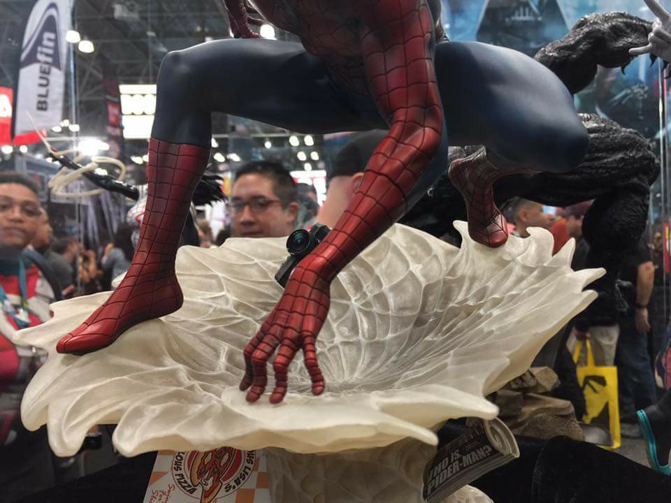 "SPIDER-MAN ""MARK BROOKS"" Statue 22154510"