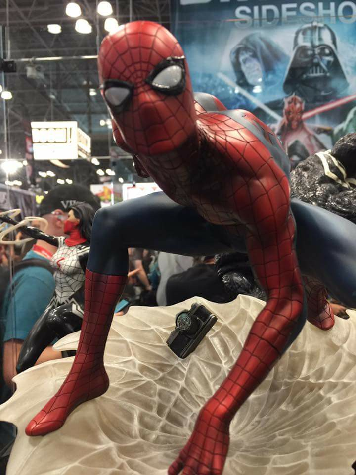 "SPIDER-MAN ""MARK BROOKS"" Statue 22195411"