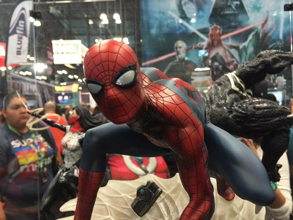 "SPIDER-MAN ""MARK BROOKS"" Statue 22196311"