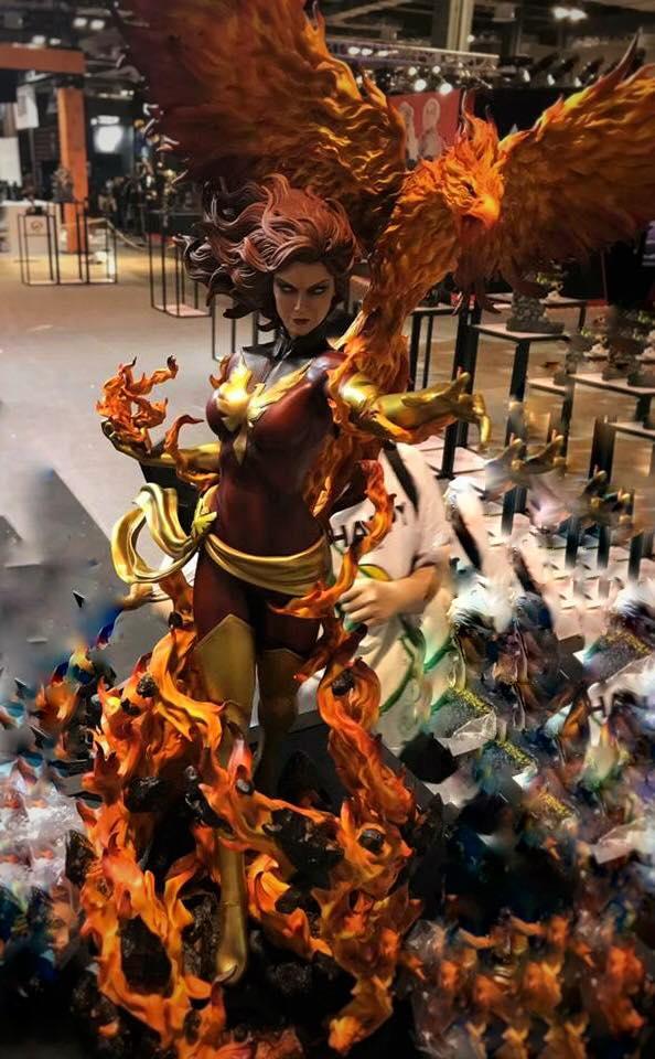 Premium Collectibles : Dark Phoenix 22221810