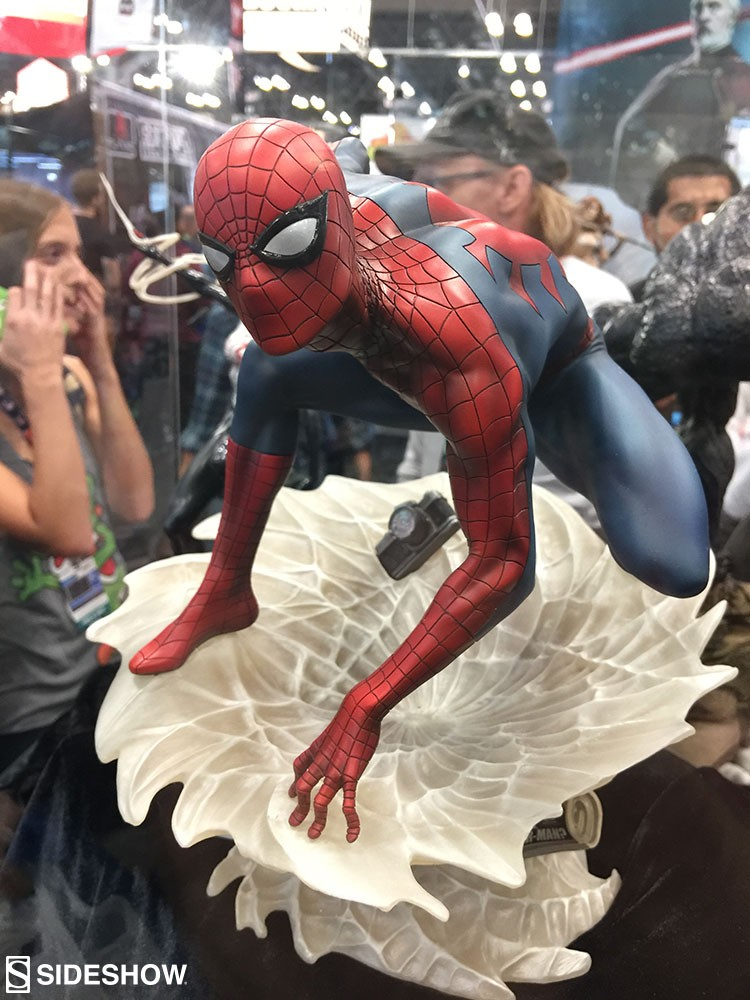 "SPIDER-MAN ""MARK BROOKS"" Statue A4b20d10"