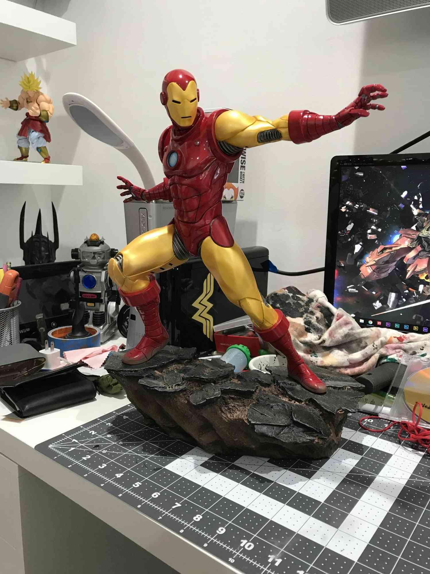 IRON MAN– Avengers Assemble Statue Img_5915