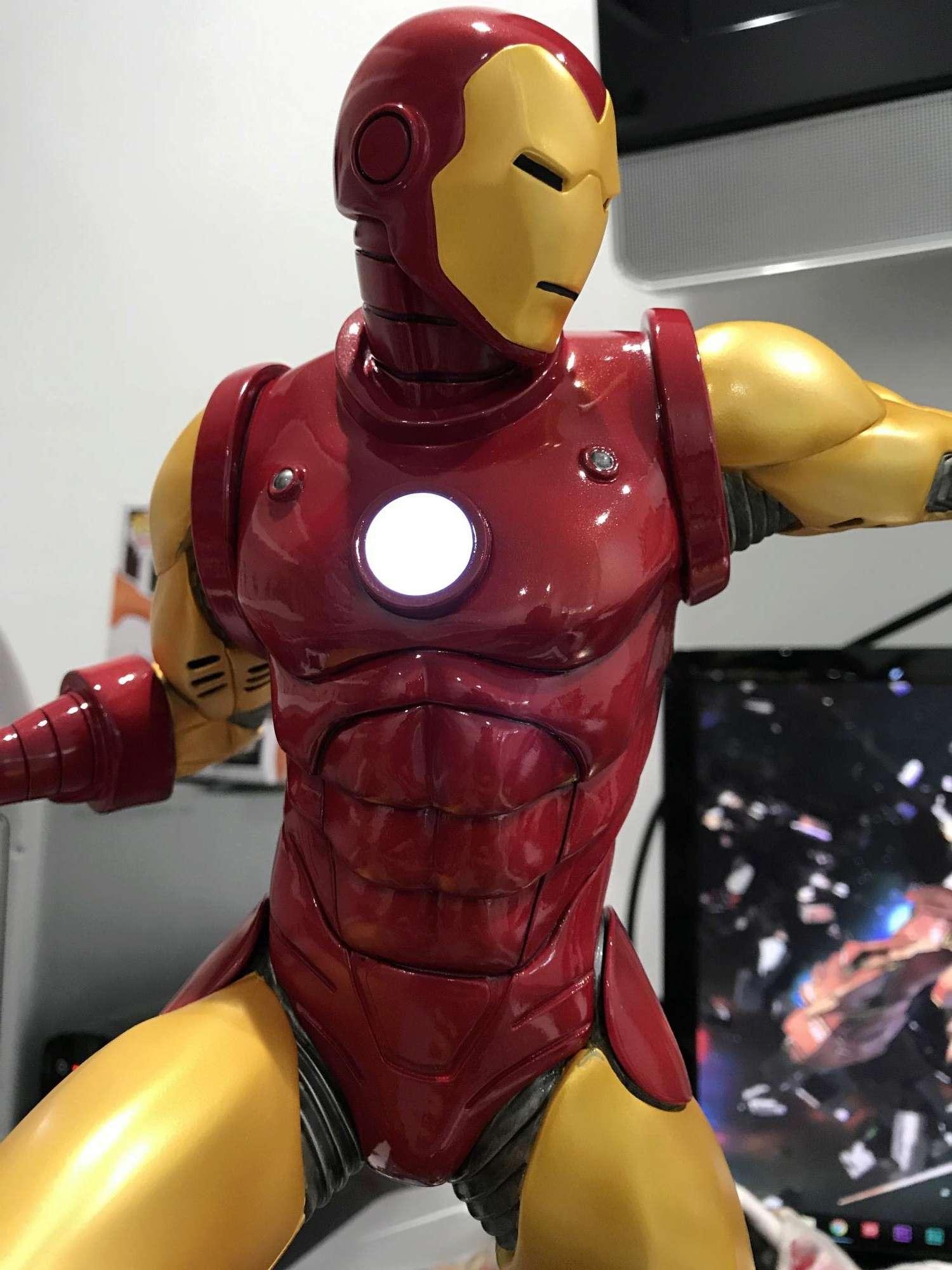IRON MAN– Avengers Assemble Statue Img_5916