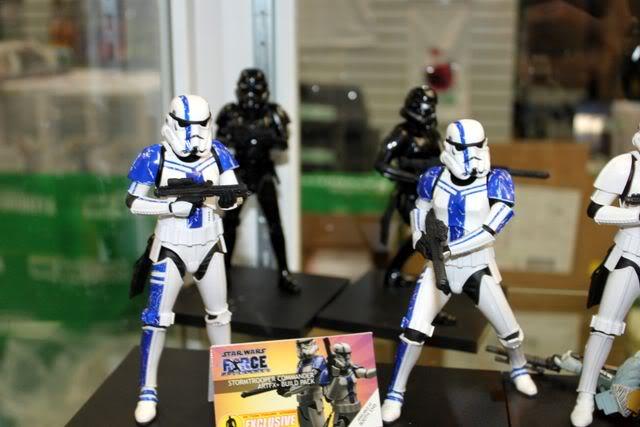 Kotobukiya: SDCC Exclusive ARTFX+ Stormtrooper Commander Set 000_1713