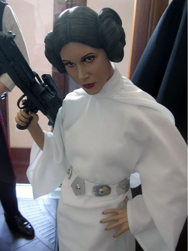 Sideshow Collectibles - Leia 1/4 Premium Exclusive Edition 00422