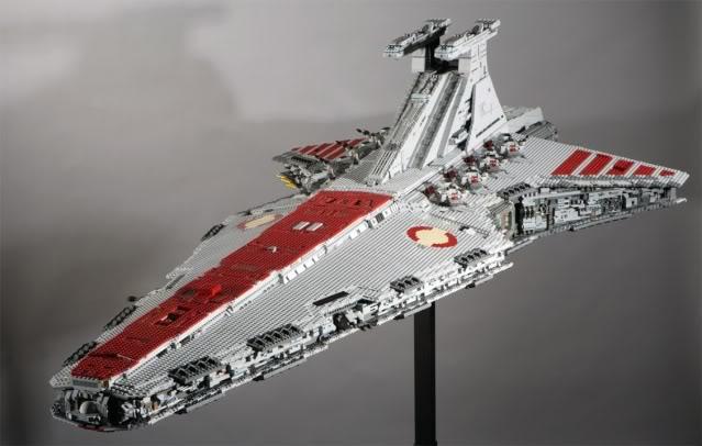 Création 1/1 et grandes tailles LEGO 01118