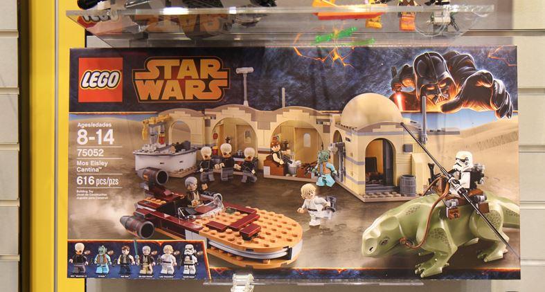 LEGO STAR WARS - 75052 - Mos Eisley Cantina 01136