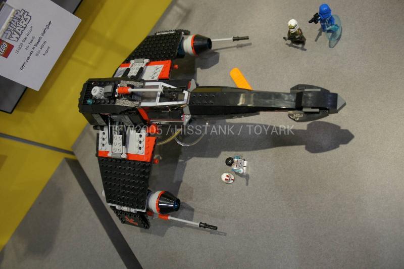 LEGO STAR WARS - 75018 - Jek-14's Stealth Starfighter 01512
