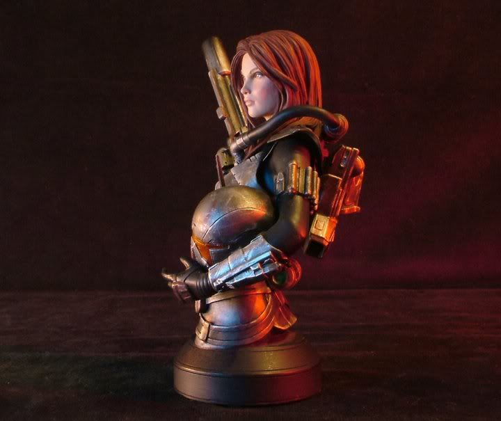 gentle Giant - Shae Vizla mini bust 02134