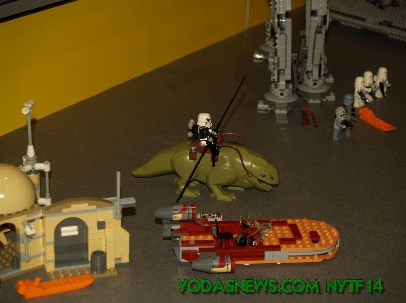 LEGO STAR WARS - 75052 - Mos Eisley Cantina 0498