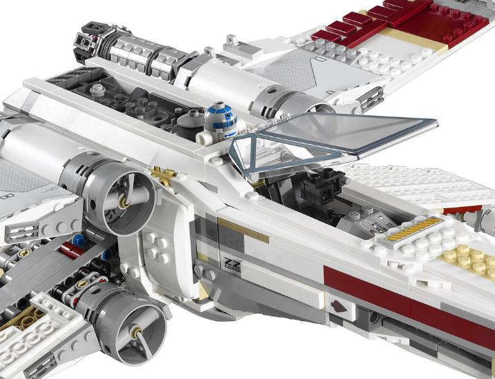 LEGO STAR WARS - 10240 - Red Five X-Wing Starfighter UCS 10240-19