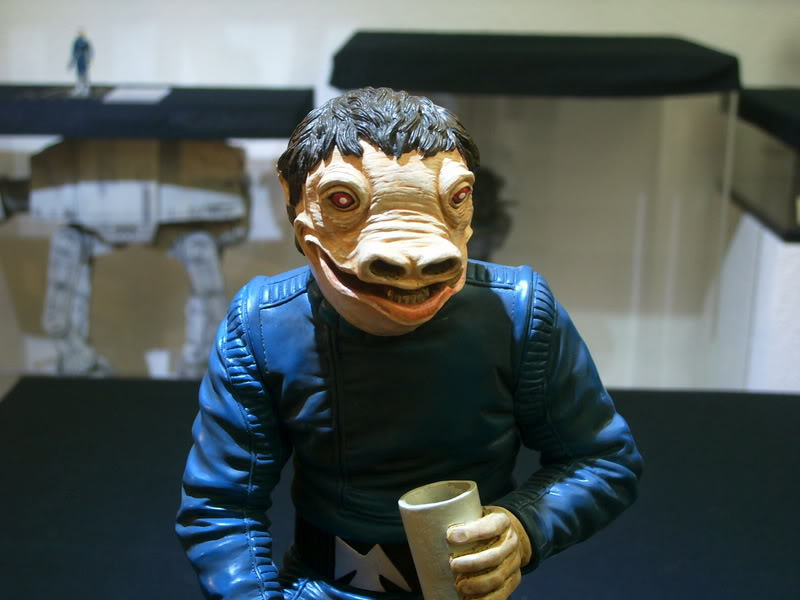 Gentle Giant - PGM Exclusive Blue Snaggletooth Statue - Page 2 11101014
