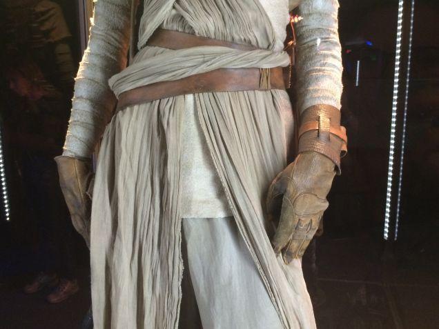 7 - Costumes & Maquettes Star Wars Le Réveil de la Force 1443