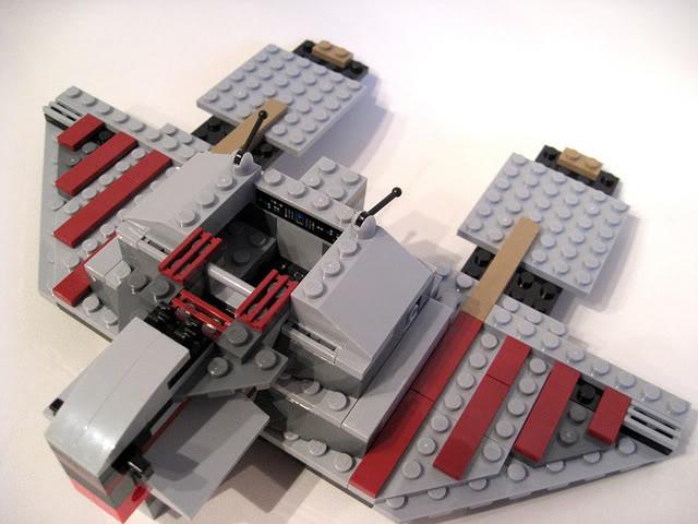 LEGO STAR WARS - 7964 - Frégate de la république 1727