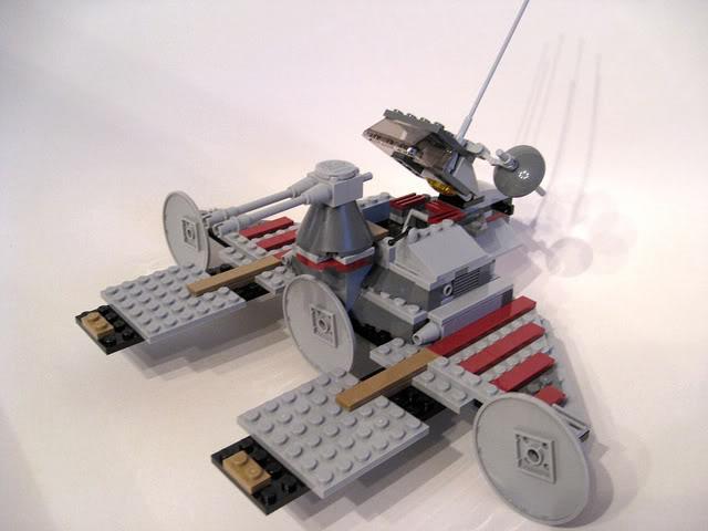 LEGO STAR WARS - 7964 - Frégate de la république 1825