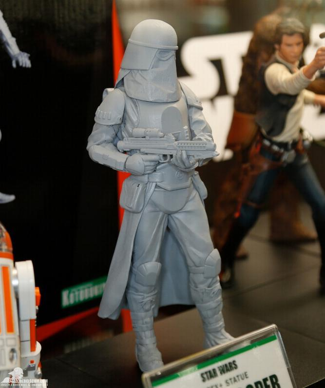 Kotobukiya: Snowtrooper Two-Pack ARTFX+ Statues  2015-i30