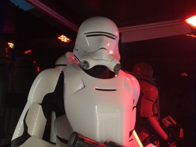 7 - Costumes & Maquettes Star Wars Le Réveil de la Force 2026