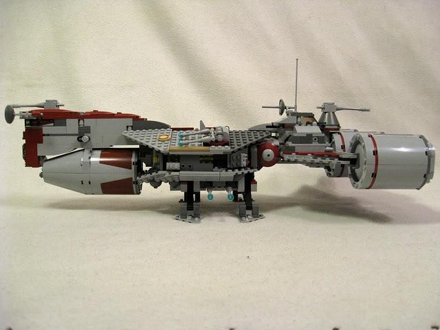 LEGO STAR WARS - 7964 - Frégate de la république 2224