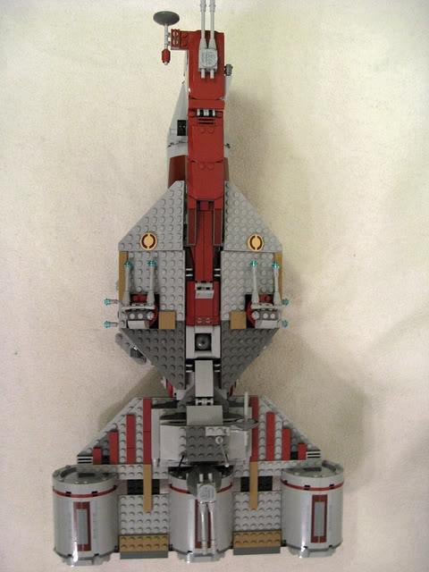 LEGO STAR WARS - 7964 - Frégate de la république 2322