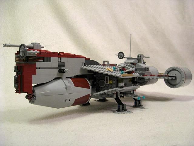 LEGO STAR WARS - 7964 - Frégate de la république 2420