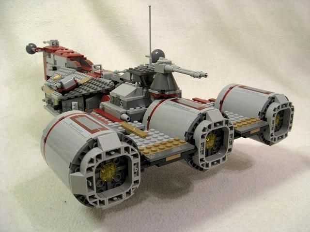 LEGO STAR WARS - 7964 - Frégate de la république 2516