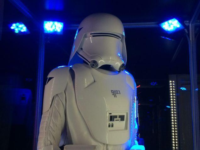 7 - Costumes & Maquettes Star Wars Le Réveil de la Force 2619