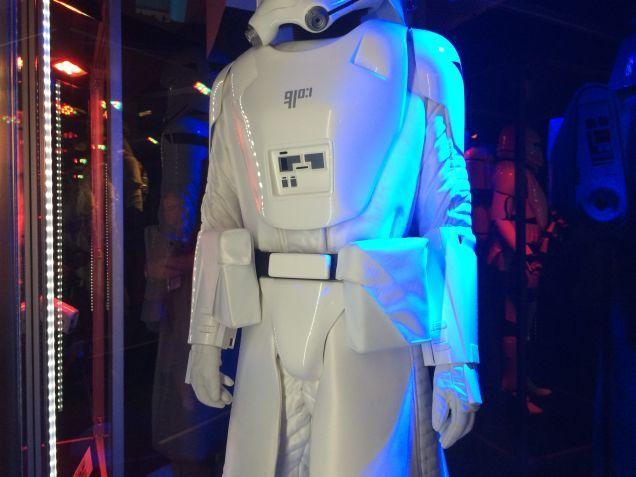 7 - Costumes & Maquettes Star Wars Le Réveil de la Force 2719