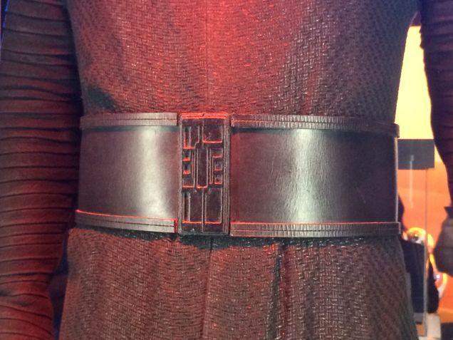7 - Costumes & Maquettes Star Wars Le Réveil de la Force 4014