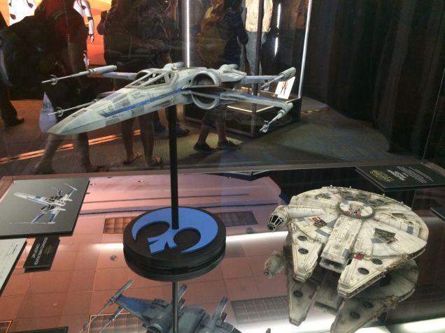 7 - Costumes & Maquettes Star Wars Le Réveil de la Force 4413