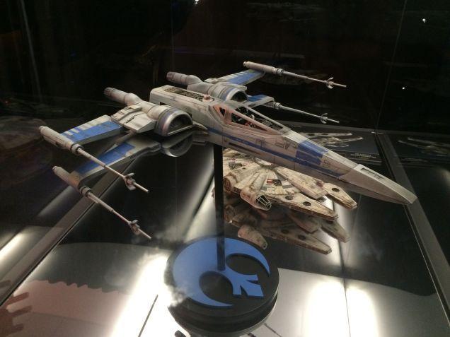 7 - Costumes & Maquettes Star Wars Le Réveil de la Force 4712