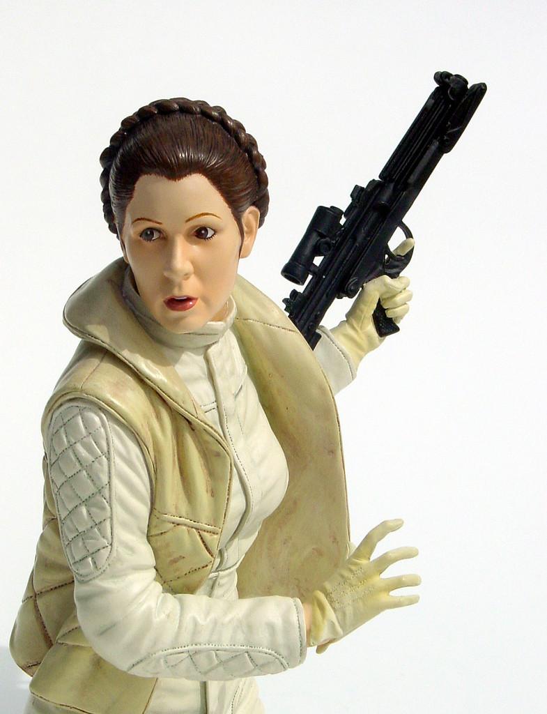 Gentle Giant -Han solo, Luke Skywalker & Leia Hoth mini-bust 52889011
