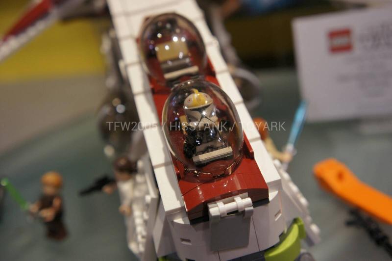 LEGO STAR WARS - 75021 - Republic Gunship 75021015