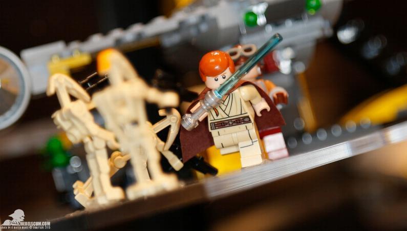 LEGO  STAR WARS - 75092 - Naboo Starfighter 75092_12