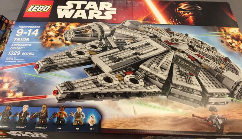 LEGO STARWARS - 75105 - Millennium Falcon 75105_10
