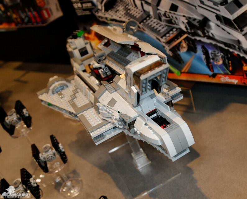 LEGO  STAR WARS - 75106 - Imperial Assault Carrier 75106_11