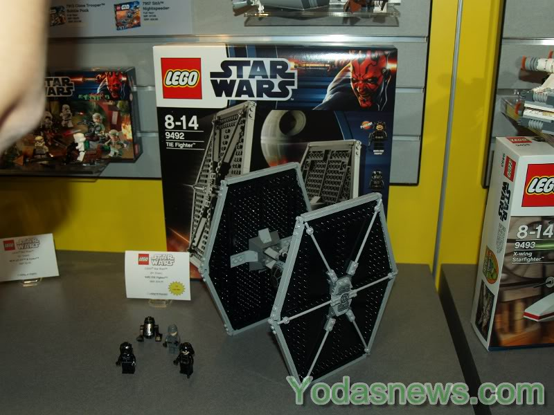 LEGO STAR WARS - 9492 - TIE FIGHTER  - Page 2 94920110