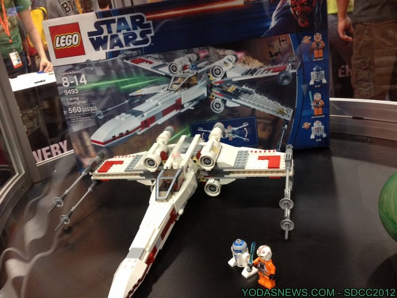 LEGO STAR WARS - 9493 - X-WING STARFIGHTER 9493_012