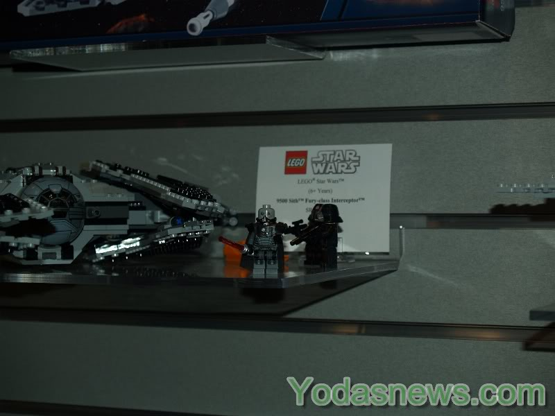LEGO STAR WARS - 9500 - Fury Class Interceptor  9500_011
