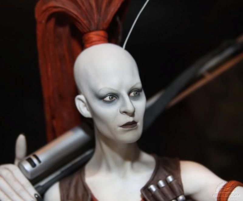 Gentle Giant - Aurra Sing mini bust Aurras11