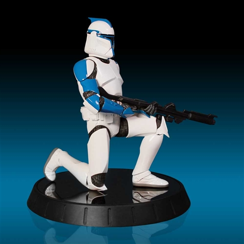 GG - Blue Clone Trooper Statue Bluecl12
