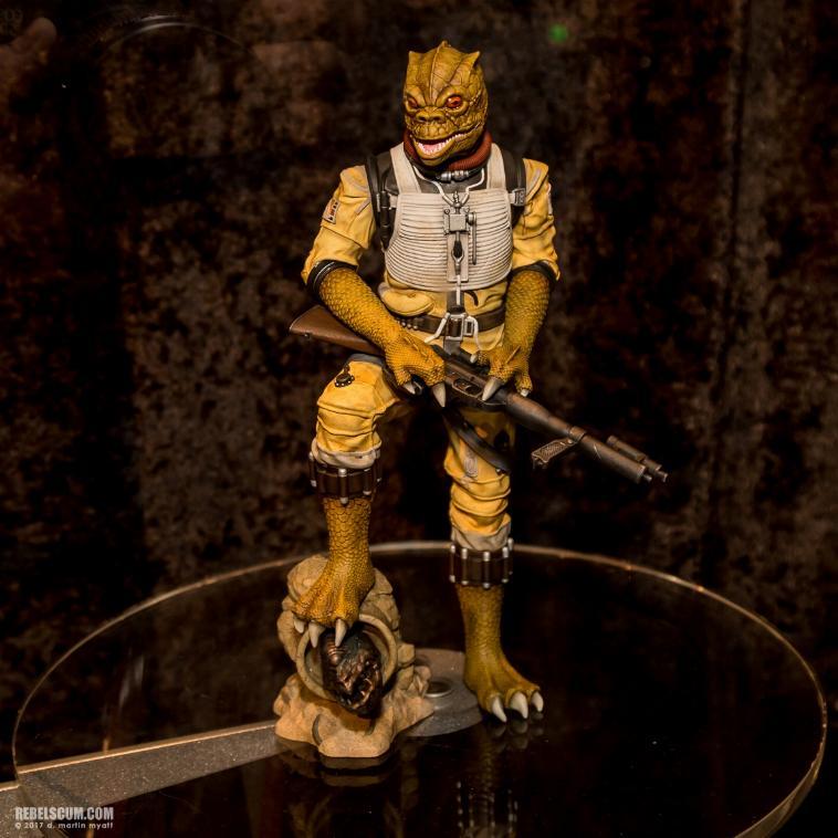 Gentle Giant - Star Wars Bossk 1:8th scale statue  Bosk_s10