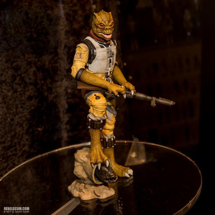 Gentle Giant - Star Wars Bossk 1:8th scale statue  Bosk_s11