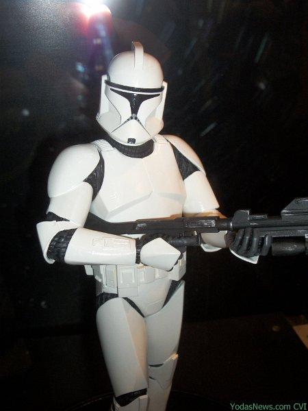 GG - White Clone Trooper AOTC Deluxe Statue Clone011