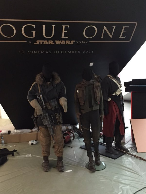 Rogue - Les NEWS Star Wars Rogue One - Page 3 Costum10